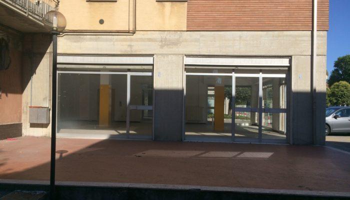 Negozio Via Matteotti 15 Rubiera
